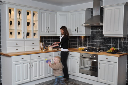 Howdens kitchens sale we are cheaper for Kitchen unit design